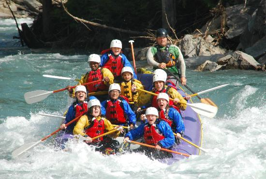 Apex Raft Company: The first rapid of the day