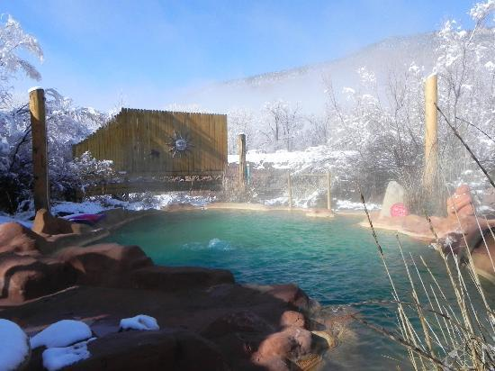Jemez Hot Springs: Home of The Giggling Springs : A sunny, snowy day at The Giggling Springs