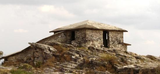 Sao Thome das Letras, MG : Casa da Pirâmide - São Thomé das Letras - Minas Gerais, Brasil