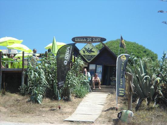 Odeceixe Beach: surfisti
