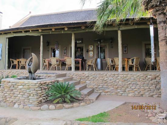 Thabile Lodge: Reception & Dining area