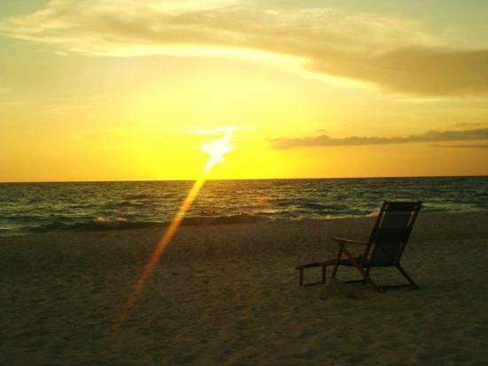Naples Beach Hotel and Golf Club : Sunset