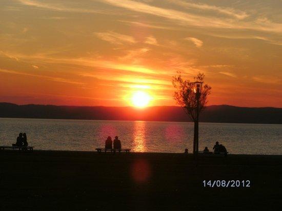 Seewirt: Sonnenuntergang