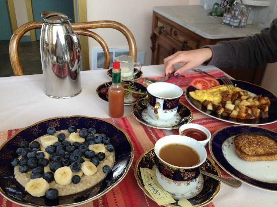 Zen Garden Bed and Breakfast: yummy breakfast