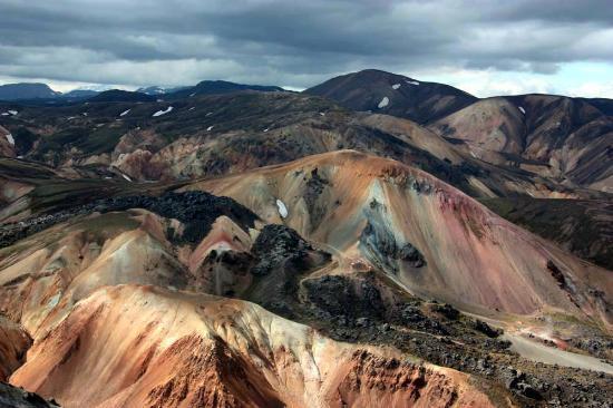 Reykjavik Excursions - Landmannalaugar & Saga Valley Tour: Montagne colorate