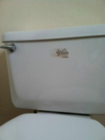 Motel 6 Fort Bragg: What motel/hotel doesn't remove the sticker from the commode? Looks trashy.