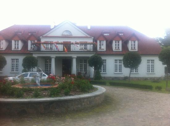 Choczewo, Pologne : Bychowo Manor house (Dwor)