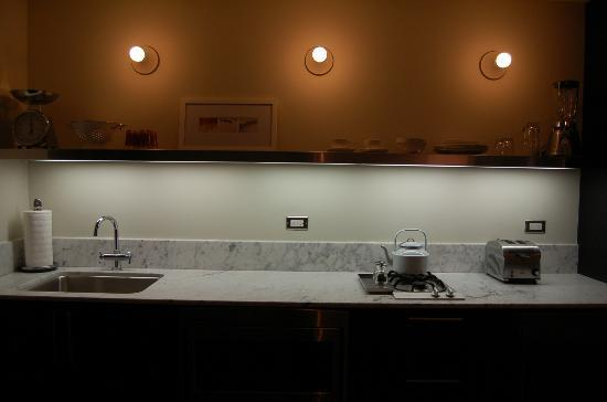 Palihouse West Hollywood: Kitchen