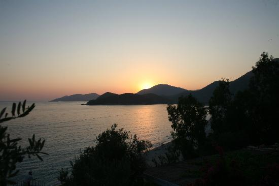 Beyaz Yunus: sunset view from our terrace