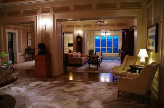 Omni Barton Creek Resort & Spa: lobby area