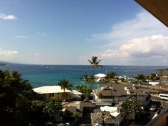 Kona Seaside Hotel: view from the 5th floor
