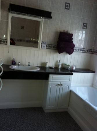 Sunflower Lodge: lovely bathroom