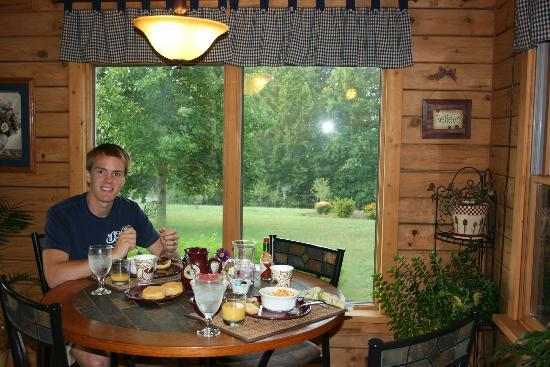 Harmony Hill Bed and Breakfast: Breakfast!