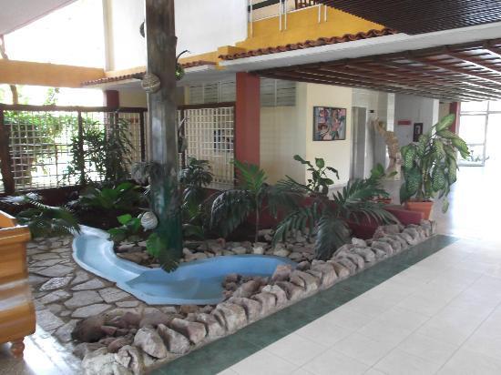 Hotel Guantanamo: Lobbye.