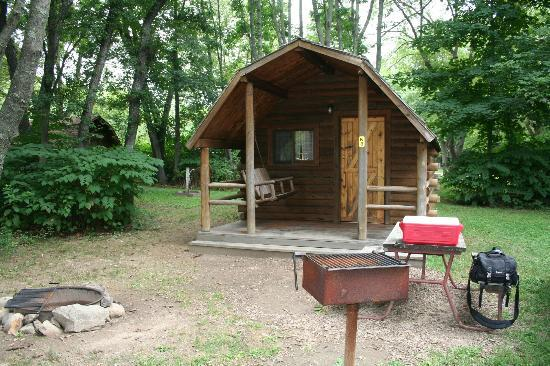 Boston/Cape Cod KOA: Exterior of Kabin