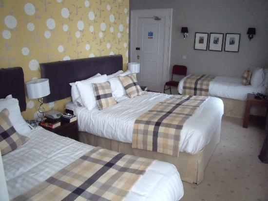 One Double Bed And Two Single Beds