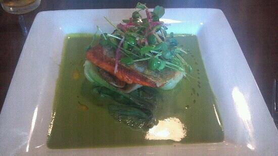 Pago: Salmon - delicious!