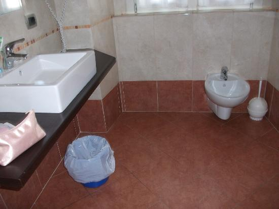 Grand Hotel Britannia Excelsior: bathroom