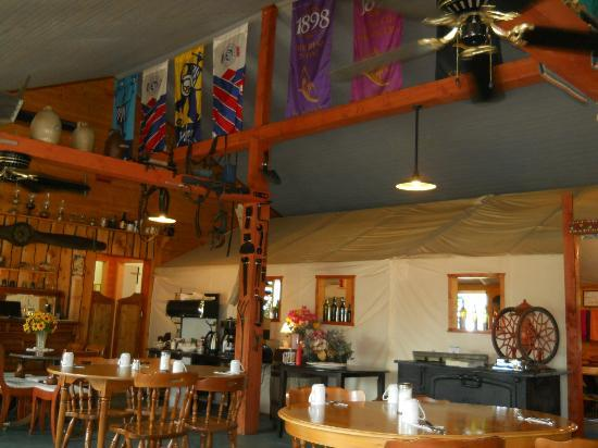 Dawson Peaks Resort & RV Park : Homemade food...the pies are awesome!