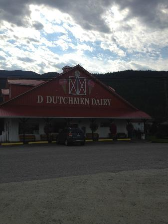 D Dutchmen Dairy: Frontside of Dairy