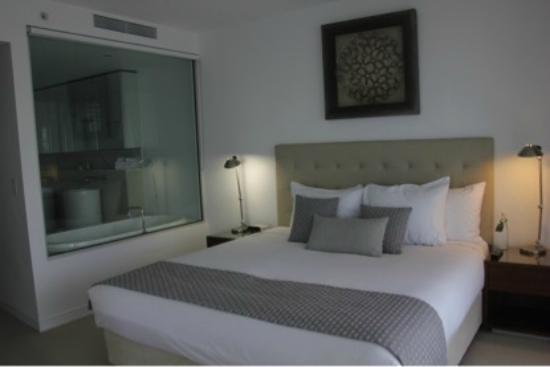 Peppers Broadbeach: Bedroom 1