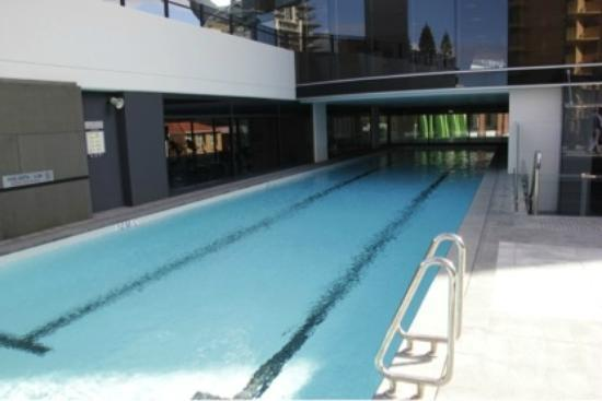 Peppers Broadbeach: Indoor pool