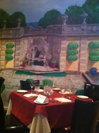 Al Fresco: dining alcove