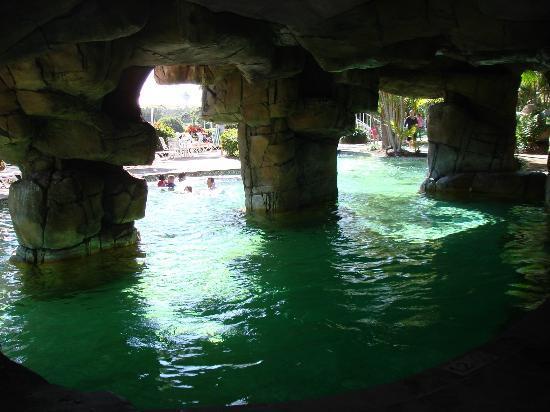 Surfers Paradise Marriott Resort & Spa: Das Schwimmbecken_3