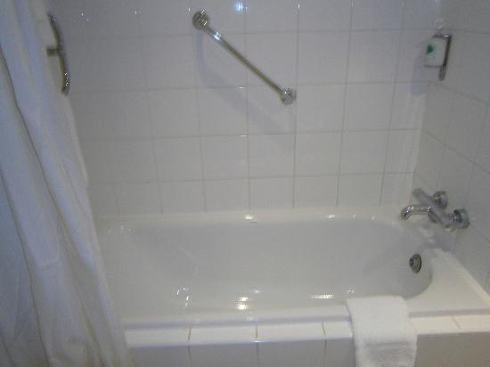 Aspect Hotel Kilkenny: Bagno