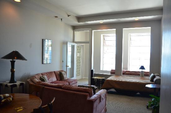 Pensione Nichols B&B: Living room