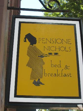 Pensione Nichols B&B: When you see this sign you have found the place