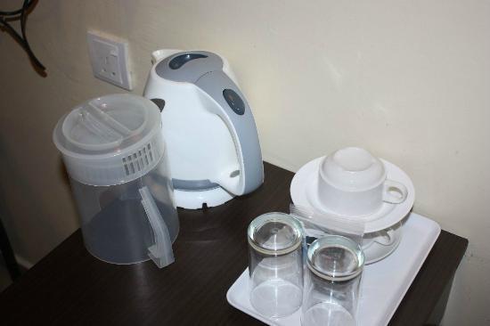Hotel CIQ: Water boiler