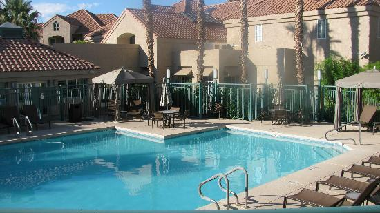 Hyatt House Scottsdale Old Town Nice Pool Area