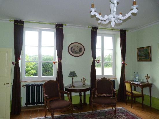 La Neuve Tuilerie : Con vistas al jardín / entrada. Zona estar y escritorio