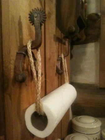 Barons CreekSide: paper towel holder very creative