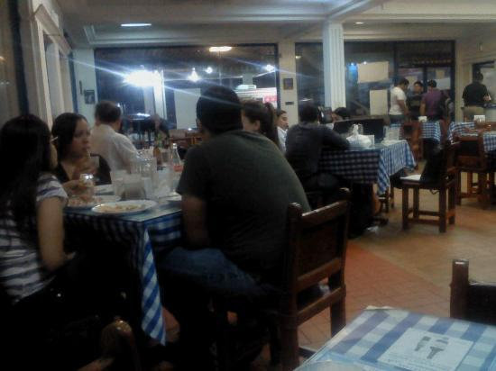 Athens Pizza: Family restaurant, crowded due to popularity. Pizza is Great!