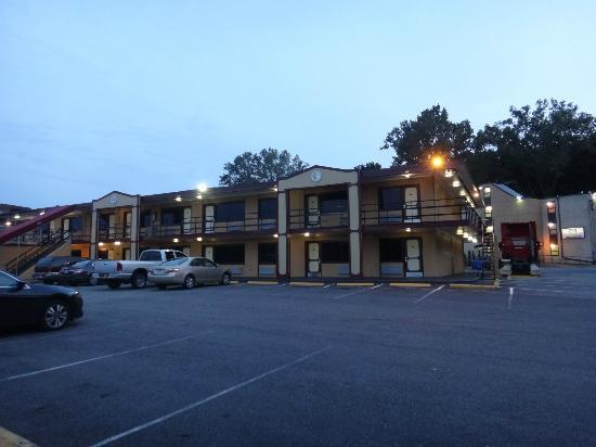 Meadowbrook Motor Lodge: Second Building