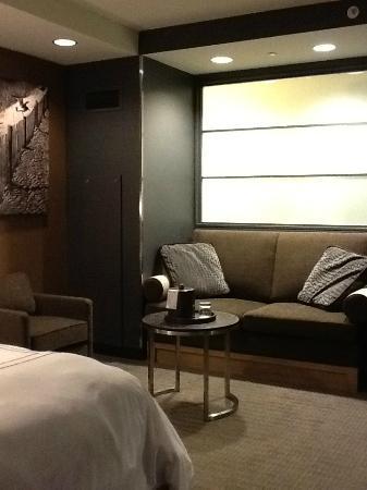 Maryland Live Casino: Queen Sofa Bed Nook