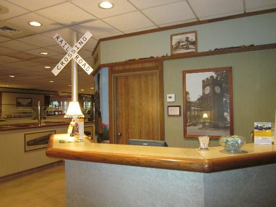 Clarion Inn & Conference Center: Valley Junction