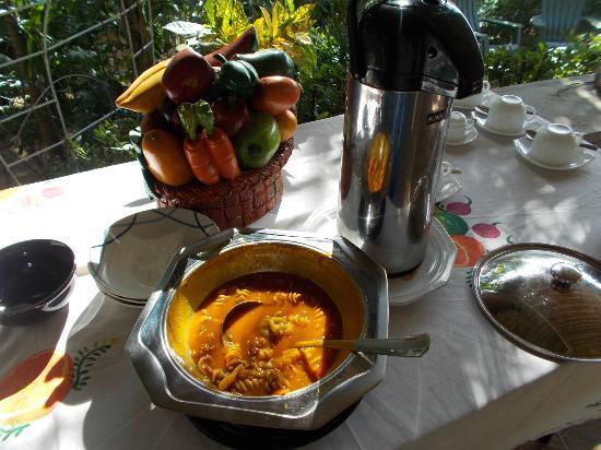 Jardins sur Mer: pumpkin soup for breakfast
