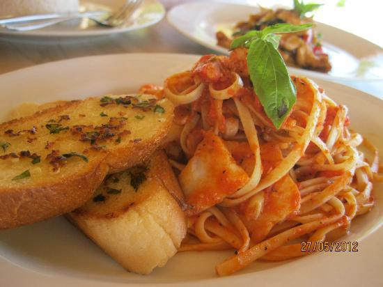 MAHAMAYA Boutique Resort: Linguini with seafood