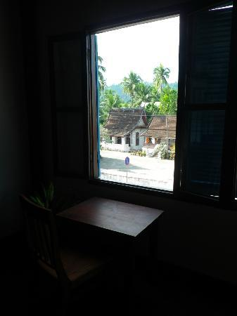 Halolao Villa : Temple view from room.