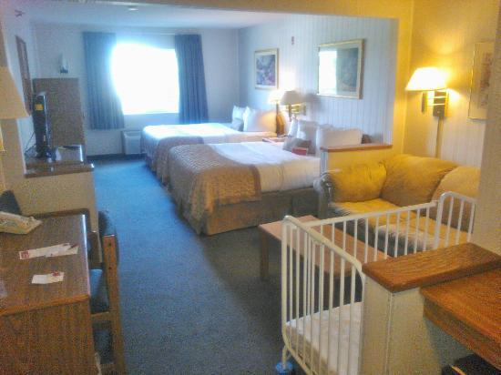 Ramada Limited Bismarck Northeast : Our Room