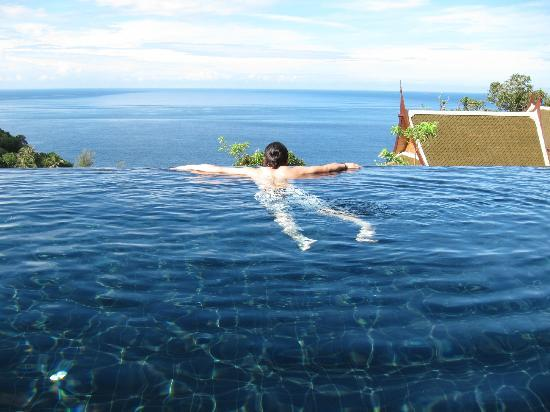 アヤラ カマラ リゾート アンド スパ, 部屋のプールからの眺め