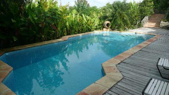 Villa Rainbow: Pool