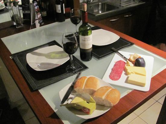 Santiago Suite Apartment: Cozinha Americana