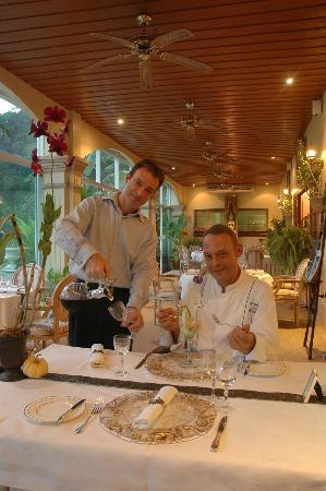 """Restaurant Royale Nam Tok : Host""""Corry"""" and Chef """"Marc"""", the owners taking personal care of the guests."""