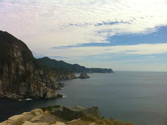 Goto, Japan: 断崖を振り返る
