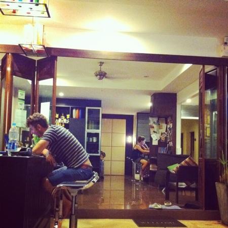 Athome Hotel @Nanai 8 & Thai Kitchen: :)