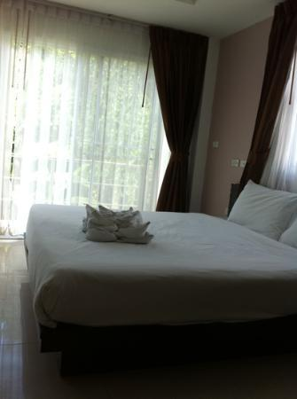 Athome Hotel @Nanai 8 & Thai Kitchen: feel relaxing room.